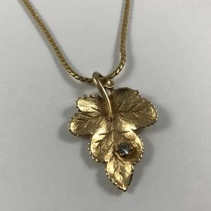 Vintage Gold Tone Leaf Necklace, Vintage Jewelry